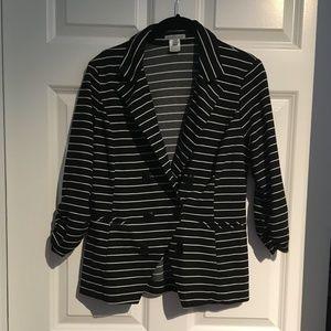 Striped 3/4 Sleeve Blazer